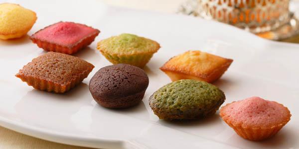 退職挨拶で配るおしゃれなお菓子『アンリシャルパンティエのプティ・ガトー・アソルティ』
